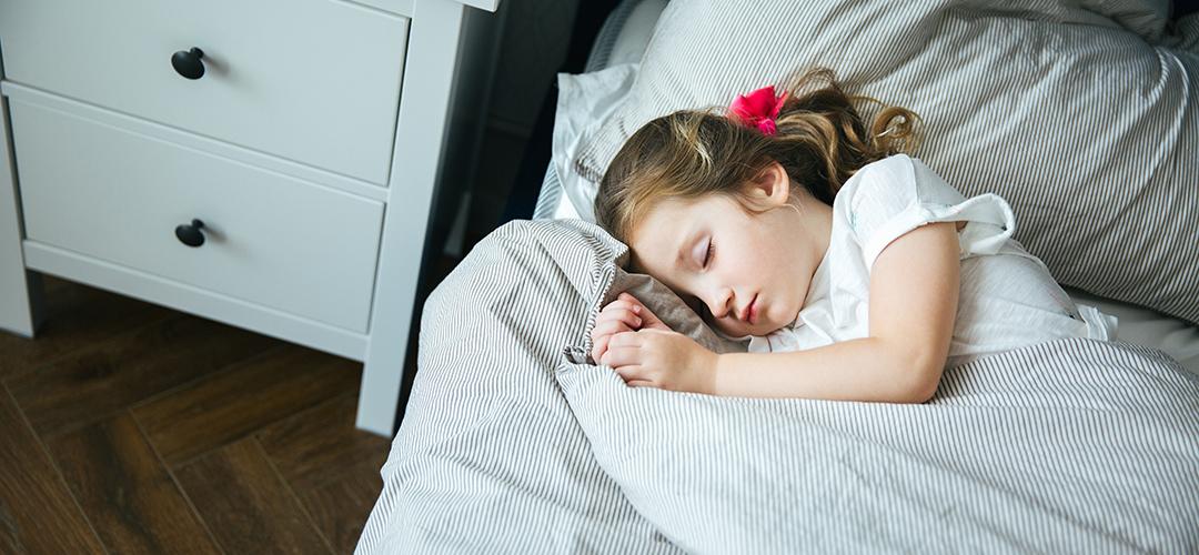 trastorno del sueño inquieto infantil header