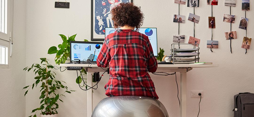 postura correcta frente al computador header
